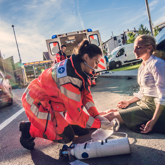 first responders using crisis communication plan in an emergency